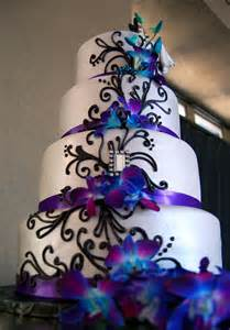 Black And White Centerpieces Best 25 Blue Purple Wedding Ideas On Pinterest Purple Wedding Colors Floating Flower