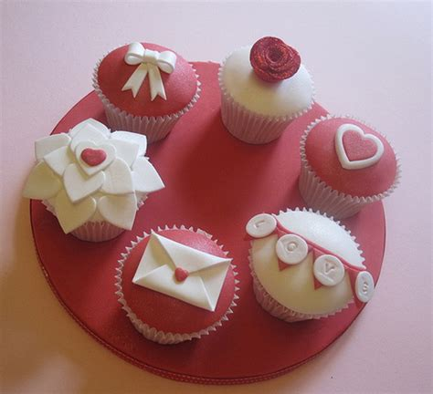 cupcakes design for valentines valentines day cupcake ideas family net guide to