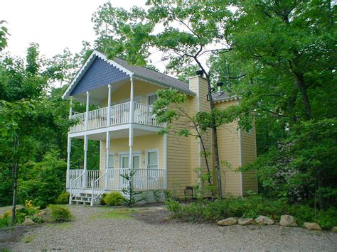 1 bedroom chalets in gatlinburg luxury cabin rentals in gatlinburg tn mtn laurel chalets