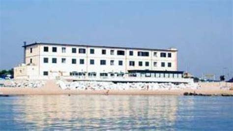 hotel porto recanati 3 stelle soggiorno in hotel 3 stelle direttamente sulla spiaggia a