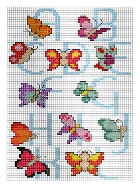 lettere alfabeto punto croce per bambini punto croce alfabeto con le farfalle