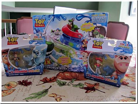 toy story bathtub party win mattel s toy story color splash buddies boat bathtub toy giveaway ends