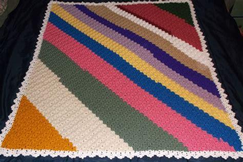 pin by chris tompkins on crochet purses bags totes pinterest http www redheart com free patterns crochet corner