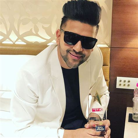 guru randhawa pic guru randhawa wallpapers 2018 hd photos new pictures pics
