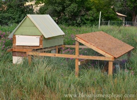 portable run 1000 ideas about portable chicken coop on coops chicken coops and