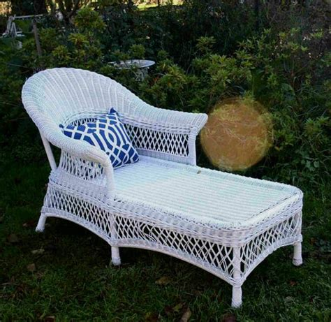 white wicker chaise 17 best images about wicker on pinterest white wicker