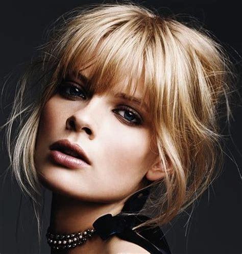 ladies choppy hairstyles with a fringe long choppy whispy fringe blond bangs hair makeup