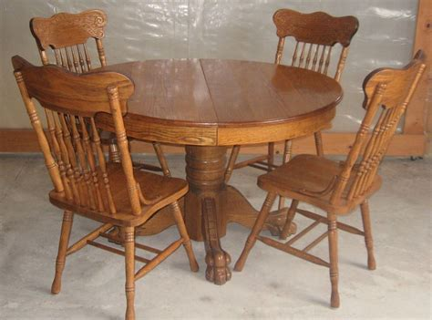 Antique 47 Inch Round Oak Pedestal Claw Foot Dining Room Circular Oak Dining Table And Chairs
