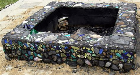 pit mosaic 17 lovely mosaic projects for your garden