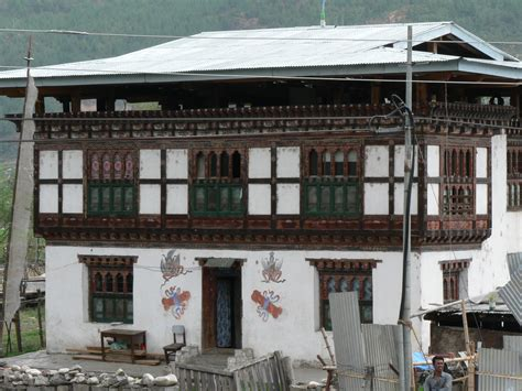 home design story wiki file bhutanese house paro jpg wikipedia