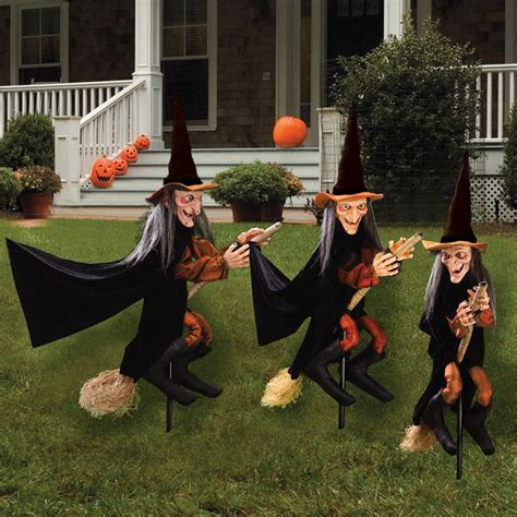 how to a not to escape the yard 169 best images about witch on witches witch cake and