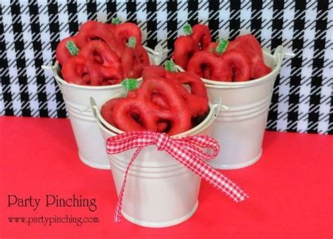 Apple pretzels for Back to School easy school snack ideas