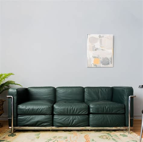 green leather sofa le corbusier lc2 green leather sofa