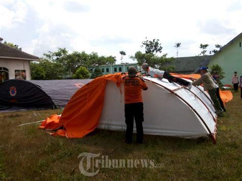 Tenda Gunung Consina tenda bencana gunung raung bondowoso foto 1 1603054 tribunnews