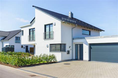 heim und haus immobilien vorgarten anlegen und gestalten haus heim immobilien