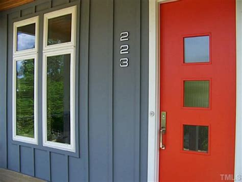 Houzz Front Door Colors What Is The Exterior Wall Color The Gray And By Whom