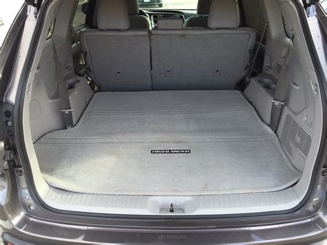 toyota highlander 3rd row seat space review 2014 toyota highlander proves itself a well