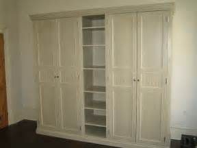i just the spot for this built in wardrobe idea