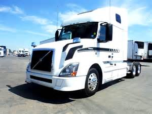 Volvo Semi Truck Dealer 2013 Volvo Vnl670 For Sale Used Semi Trucks Arrow