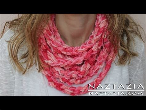 diy arm knitting infinity scarf diy learn how to make infinity scarf circle loop cowl