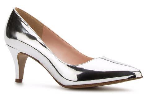 imagenes de zapatillas rojas andrea elegantes zapatos zapatillas andrea plateadas tac 243 n bajito