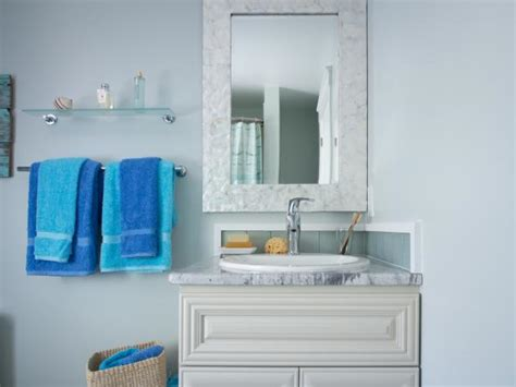 diy network bathroom ideas guest bathroom pictures from cabin 2013 diy network cabin 2013 diy