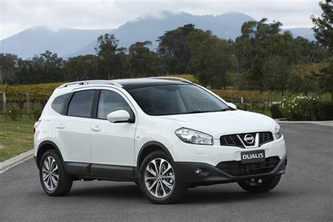 news july launch   seat nissan dualis