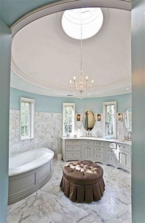 what a beautiful luxurious bathroom the colors and the relaxing environment great for an