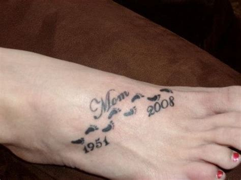 small tattoos ideas for moms 8 remembrance tattoos on foot