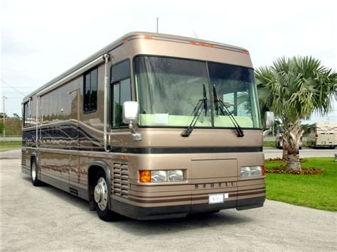 Luxury Couches For Sale by 1993 Newell Luxury Coach For Sale