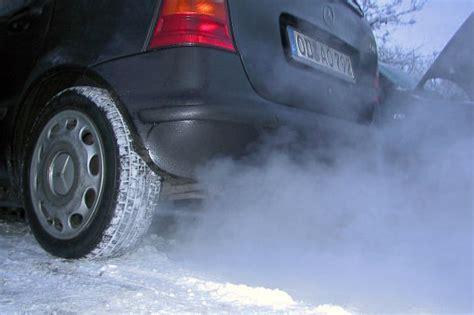 Ab Wann Darf Man Ungedrosselte Motorr Der Fahren by Auto Fahren Im Winter Tipps F 252 R Die Kalte Jahreszeit