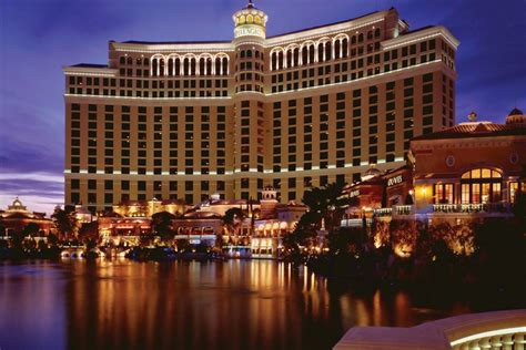 best hotel in vegas las vegas luxury hotels in las vegas nv luxury hotel