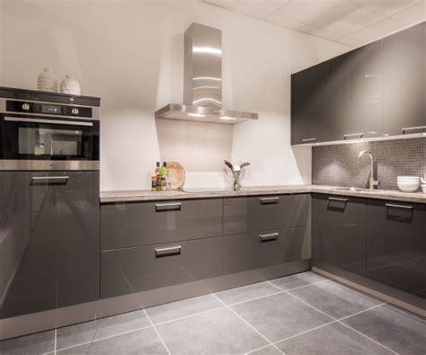 keuken outlet heerlen keuken outlet prijzen voor de keukens van keukenhal