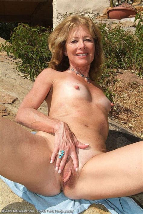 Ofvl Cqz S Vb N O Mature Milfs Pictures Pictures Luscious