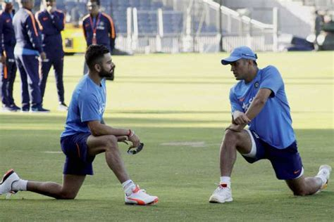 final cut pro jobs in pune don t believe in split captaincy says dhoni on stepping down