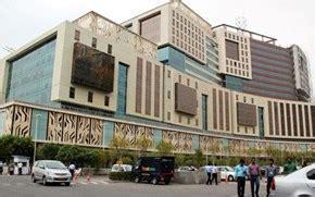 Dlf Building No 14 by Hafeez Contractor   Gurgaon