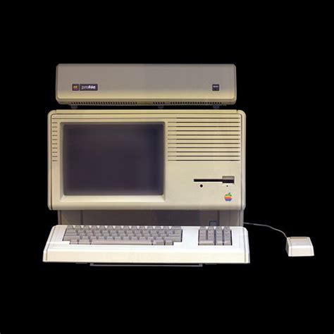 apple lisa tech time warp of the week the apple lisa 1983 wired