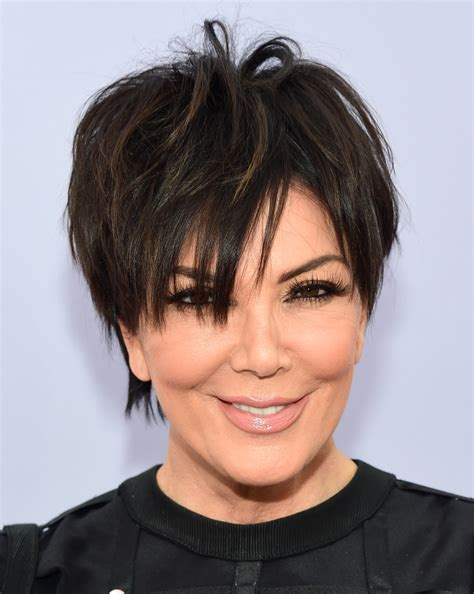 hair cut short like kris kardashian jenner and the technical kris jenner messy cut kris jenner looks stylebistro
