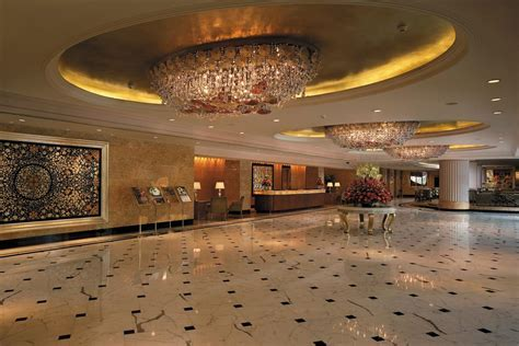 Best 5 Star Hotels in Delhi, India