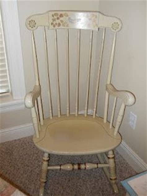 antique ethan allen rocking chair 1000 images about ethan allen vintage rocking chairs on