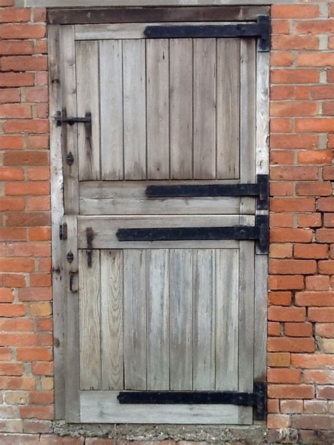 Exterior Barn Door Cabin Cing Pinterest Outdoor Barn Doors
