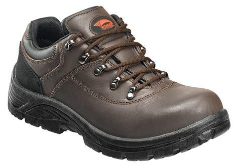 avenger steel toe slip resistant work shoe 7230