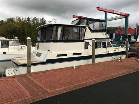 boat deal brokers brewerton ny 1984 wellcraft californian power boat for sale www