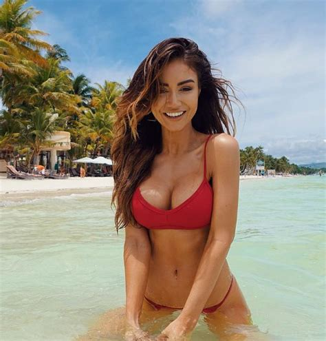 photos hot instagram collection of only the hottest pictures of pia muehlenbeck