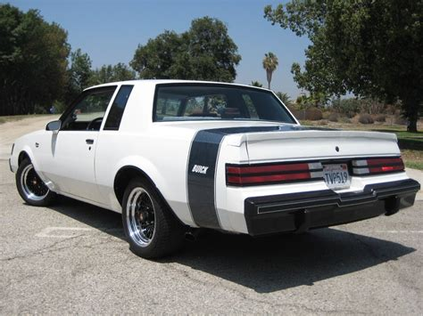 buick racing racing stripes on buick grand national regal t type