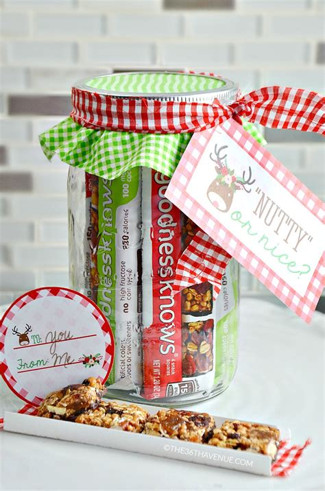 Best Handmade Gifts - snack jar gift idea and free printables the 36th avenue