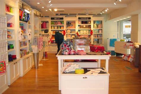 Display Apparel On Showroom Floors - melhores lojas de roupas infantis em york dicas de