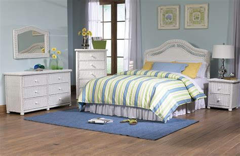 White Wicker Bedroom Furniture Set by Wicker Bedroom Set