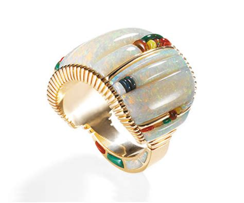 Glittering World: Navajo Jewelry of the Yazzie Family   National Museum of the American Indian
