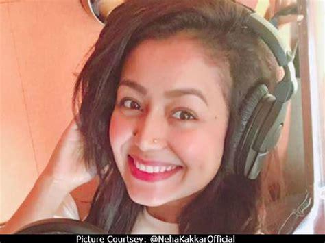 Wedding Song Neha Kakkar by Neha Kakkar Explains Why She While Singing At A